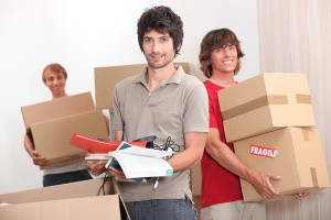 Make Sure You Hire A Good Mover - CarAndTruck